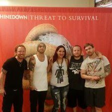 Janet drewry on cant wait and fans rt phoenix3008 cant wait til oct 23rd shinedown meet and m4hsunfo