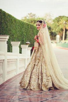 A gorgeous wedding shoot where the bride Apsara has adorned a beautiful lehenga designed by Harpreet and Rimple Narula! Desi Wedding Decor, Wedding Shoot, Wedding Blog, Bridal Outfits, Bridal Dresses, Indian Bridal Fashion, Bridal Photography, Photography Poses, Bridal Lehenga
