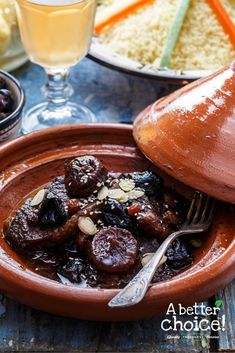 Lamb and Fresh Fig Tagine - A Better Choice Hamburger Meat Recipes, Sausage Recipes, Morrocan Food, Lamb Dishes, Fresh Figs, Fresh Fruits And Vegetables, Meatloaf, Vegetable Recipes, Super Easy