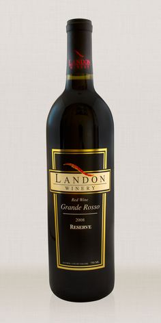 The Grand Rosso is a rich, dry red wine made with Granache, Syrah, Mourvedre and Cabernet Sauvignon grapes. All American oak barrels. A classic southern European blend. #LandonWinery #TXwine