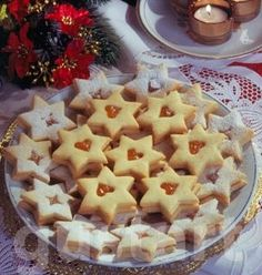 Lajos Mari konyhája - Narancsos linzercsillag Hungarian Recipes, Winter Food, Christmas Cookies, Waffles, Main Dishes, Biscuits, Deserts, Food And Drink, Cooking Recipes