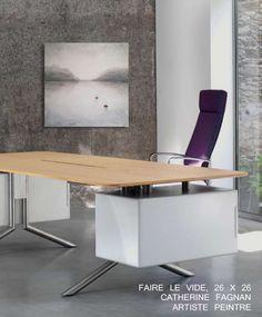 "Oeuvre ""Faire le vide"" Artiste: Catherine Fagnan www.catherinefagnan.com Les Oeuvres, Desk, Furniture, Home Decor, Desktop, Decoration Home, Room Decor, Writing Desk, Home Furniture"