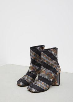 Maison Margiela Tabi Fabric Ankle Bootie (Black / Floral)