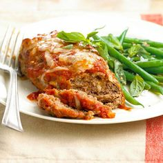 Don't have much to time cook dinner? These Mini Meat Loaves with Green Beans are ready in under 30 minutes! More fast-fix weeknight suppers: http://www.bhg.com/recipes/quick-easy/dinners-30-minutes-less/fast-fix-weeknight-suppers/?socsrc=bhgpin060913meatloaves=1