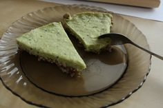 raw vegan avo cake  - nuts and dates - avocado, 2x kiwi, grated coocnut, cocnut milk, something sweet (sirup, honey..).   mix and freeze!  don´t forget to add some love:)