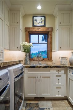 Laundry Room. Laundry Room Ideas. Laundry Room Design. Laundry Room Cabinet Ideas. Laundry Room Cabinet. #LaundryRoom #LaundryRoomIdeas #LaundryRoomDesign #LaundryRoomCabinet Cameo Homes Inc.