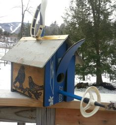Hey, I found this really awesome Etsy listing at https://www.etsy.com/listing/187922680/ski-birdhouse-made-in-vermont-made-out