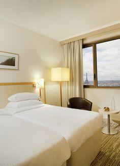 Hyatt Regency Paris Etoile - Deluxe Room #paris #cosy #eiffeltower