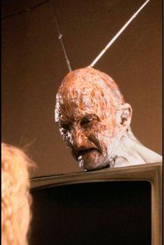 Freddy Krueger - Las peliculas q me ponian a los 4 años jaja..para mi, verlas ahora es parte de un ritual de cine de culto