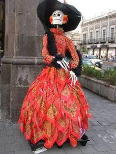 Resultado de imagen para vestido de catrina tradicional