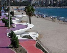 Paseo Marítimo de la Playa De Poniente De Benidorm. España (Spain).  Visitanos / Visit us http://www.hmontemar.com