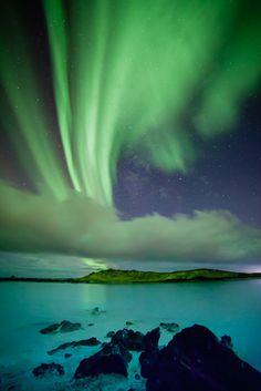 ~~Blue Lagoon   aurora borealis, Iceland   by Gunnlaugur  Valsson~~