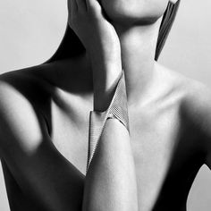 The Lamellae Twisted sterling silver cuff is born out of a collaboration between the late architect-turned-designer Zaha Hadid and Danish design house Georg Jensen. Discover the best jewellery of 2016 that defied the conventions of the ordinary, producing avant grade and defiantly different fashion statements: http://www.thejewelleryeditor.com/jewellery/article/defiantly-different-my-year-unusual-jewels/ #jewelry