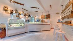 Dondurmino is the excellence of in and Orion is a proud supplier. Pasta Restaurants, Gelato Shop, Pastry Shop, New Shop, Restaurant Design, Ice Cream, Interior Design, Style Inspiration, Store Fronts