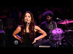 Fiona Apple - Anything We Want (Live on Late Night with Jimmy Fallon)