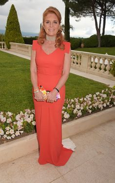 Sarah Ferguson, Duchess of York, arrives at amfAR's Cinema Against AIDS Gala, Presented By Bold Films And Harry Winston at Hotel du Cap-Eden-Roc on May 2015 in Cap d'Antibes, France. Duchess Of York, Duke And Duchess, Princess Beatrice, Princess Diana, Winston Red, Harry Winston, Coral Gown, Eugenie Of York, Culture