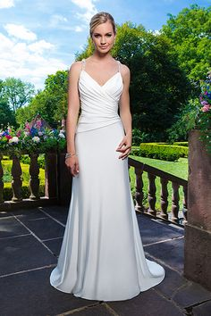 The 183 best Ruched and draped wedding dresses images on Pinterest ...