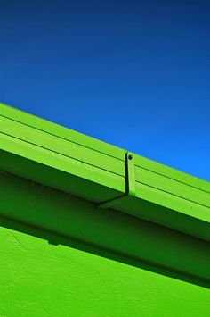 Minimal Photography : Green and Blue. Sky and roof.