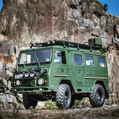 We're green with envy over this 1969 Volvo L3314. @overland_kitted • 662 likes