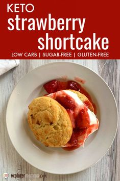 Delicious and classic keto strawberry shortcake delivers on flavor and summer fun. Gluten-free and sugar-free, this is a summer low carb dessert keeper! Low Carb Desserts, Low Carb Recipes, Snack Recipes, Dessert Recipes, Delicious Recipes, Baking Recipes, Snacks, Keto Cake, Strawberry Shortcake