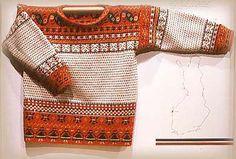 Traditional Korsnäs pullover, made in Finland. Tapestry Crochet, Knit Crochet, Crochet Tops, Fair Isle Pattern, Vintage Knitting, Knitting Yarn, Knit Patterns, Knitwear, Sweaters