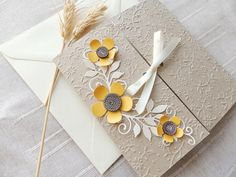 Handmade sunflower wedding invitation/Country