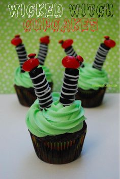 Wicked Witch Cupcakes!! Seriously- those are darling! @Hayley Parker (The Domestic Rebel)