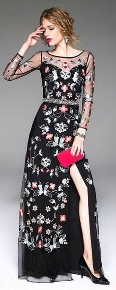 386 meilleures images du tableau Romantique   Woman fashion, Womens ... 8a81c216e7f5