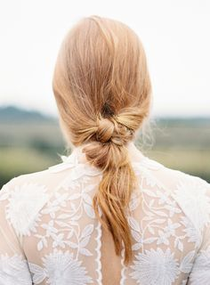 Chic + low-maintenance twisted knot hairstyle