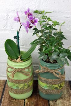 St. Patricks Day green DIY mason jar planters with burlap