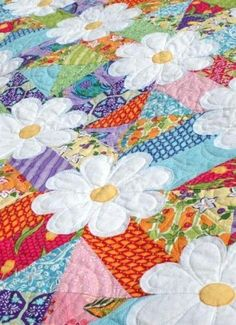 Love this quilt pattern, it would make me happy everyday to see it when I woke up! Blossoms Quilt Pattern by Amanda Murphy
