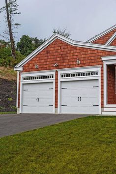 C H I Overhead Doors Model 5216 In White With Spade Hardware Residential Garage