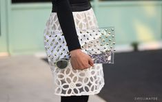 swellmayde: DIY | STUDDED CLEAR CLUTCH