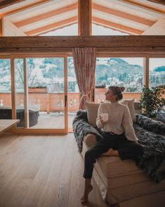 How do you start into your perfect ski-day? With a cup of tea or with a coffee, what else? In our Penthouse you definitely will start the day with a perfect view to Kitzbuehel! Vegan Restaurants, Happy Vibes, Your Perfect, Bangkok, Indoor, Pictures, Photos, Day, Person Sitting