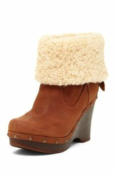 Boot wedge clog