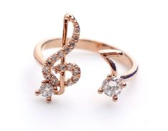 >>>Cheap Sale OFF! >>>Visit>> Musical Note and Treble Clef Ring detailed CZ in rose gold love! Music Jewelry, Hand Jewelry, Jewelry Rings, Jewelry Accessories, Jewelry Design, Music Rings, Men's Jewellery, Designer Jewellery, Diamond Jewellery