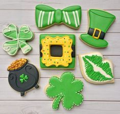 22 Ideas Holiday Treats For Work Sugar Cookies St Patrick's Day Cookies, Fancy Cookies, Iced Cookies, Cute Cookies, Holiday Cookies, Holiday Treats, Sugar Cookies, Irish Cookies, Frosted Cookies