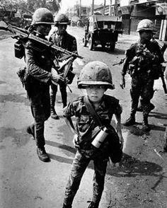 Niños soldados Vietnamitas.!