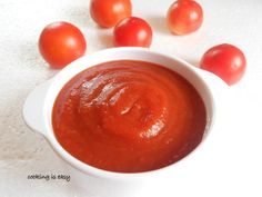 Homemade tomato ketchup/dip/sauce....why buy storebought ones when you can make them at home...step by step tutorial.