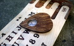 Bordo Bello Ouija Skateboard
