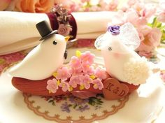 still a love bird cake topper but in a different, and cute, style