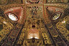 Former college, now a cathedral and museum. Explore the Museo Nacional del Virreinato, Tepotzotlán, Estado de México. #LiveItToBelieveIt #VisitMexico #Church #Culture