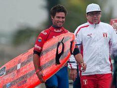 Piccolo Clemente se corona campeón mundial de Longboard 2015 en China