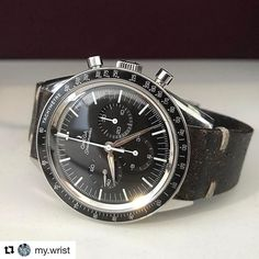 REPOST!!!  El más lindo fue a la luna . . #Repost @my.wrist with @repostapp ・・・ #omegaspeedmaster #firstomegainspace #fois #chronograph #2998 #ck2998 #wristwatch #wristcheck #wristshot #watchesofinstagram #wristcandy #mechanicalwatch #hodinkee #watchfam #watchcollector #watch #watches  #watchaddict #wristie #instawatch #watchesofig #watchesofinstagram #watchoftheday #swissmade #swisswatch  repost | credit: ID @alexromano (Instagram)