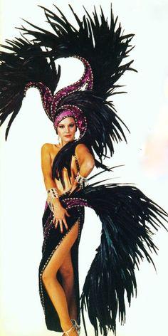 Purple Showgirl - Bob Mackie Jubilee ♥✤#sexy ✿✿ڿڰۣ(̆̃̃-- ♥ NYrockphotogirl