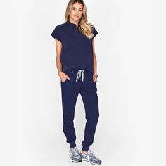 FIGS Zamora Jogger Scrub Pants - Run, don't walk to get these scrubs. Scrubs Outfit, Scrubs Uniform, Cute Scrubs, Salt Scrubs, Sugar Scrubs, Body Scrubs, Big Girl Clothes, Clothes For Women, Work Attire