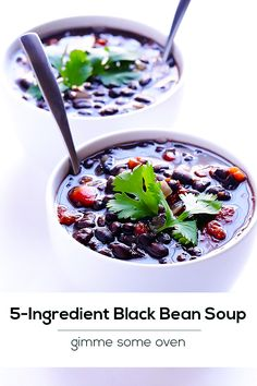 5-Ingredient Black Bean Soup Recipe -- quick, healthy, and SO delicious! | gimmesomeoven.com