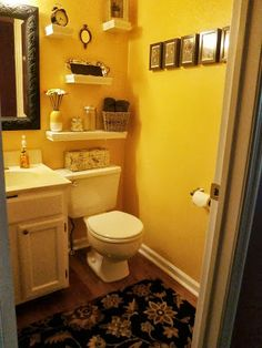 The Bee Skep - Powder Room Redo
