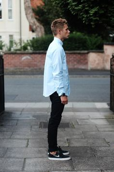 MEN's Fashion: Light blue long-sleeve shirt, black skinny pants/ jeans / black low Stefan Janoski-Nike kicks/ shoes