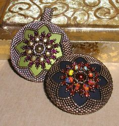 TUTORIAL Reversible Medallion & Filigree Pendants with Ropes | MikkiFerrugiaroDesigns - Patterns on ArtFire